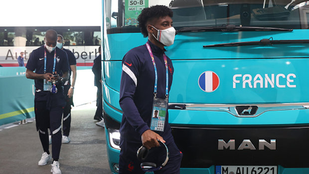 France's Coman leaves squad to attend birth of child; Slovakia's Vavro tests positive for COVID-19