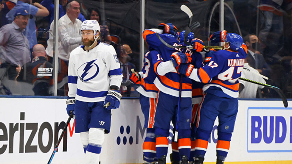 With 12-0 record in playoff games after losses since 2019, Bolts looking to respond again