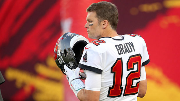 Brady reveals he dealt with knee injury since April or May of 2020