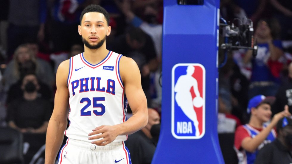 Should the 76ers wait to trade Ben Simmons?
