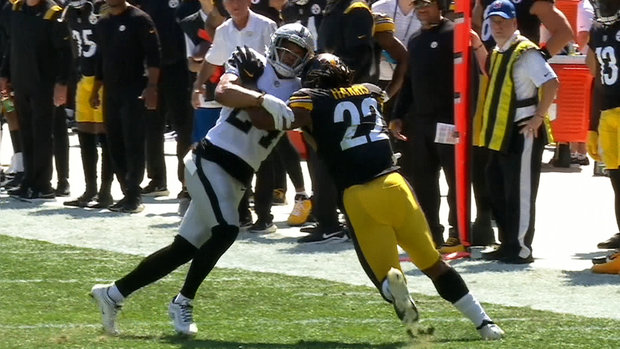 Must See: Steelers RB Harris announces presence with massive stiff-arm