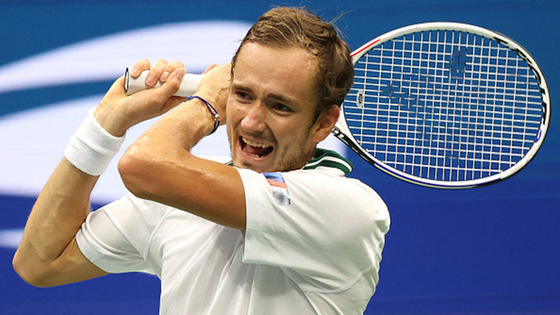 Medvedev eases into third round of US Open