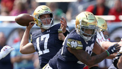 NCAA: (12) Notre Dame 41, (18) Wisconsin 13