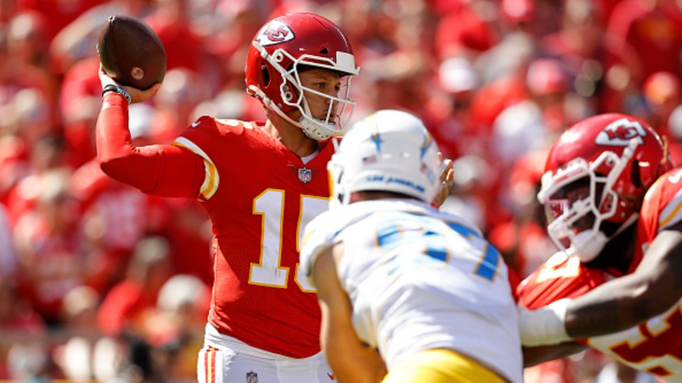 Sanchez: 'Turnovers is how you beat the Chiefs'