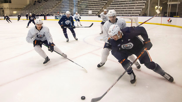 'We're all here to make the team': Perlini, Cracknell discuss opportunity with Oilers