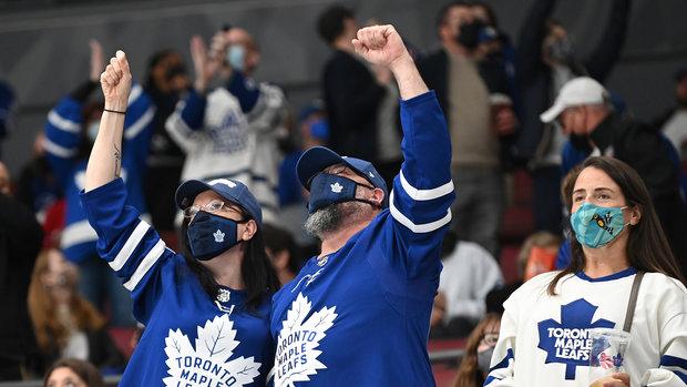 'It was beautiful': Leafs soak up atmosphere as fans finally return